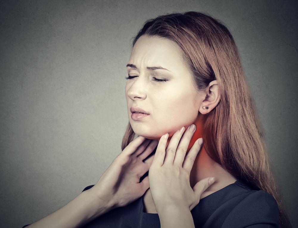 miért fáj a torka és a rossz lehelet